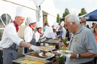 During the show days there are several restaurants and dining venues at the exhibition center