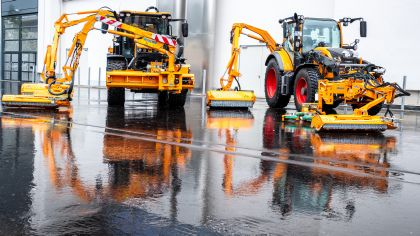 Street cleaning, road service and road winter service