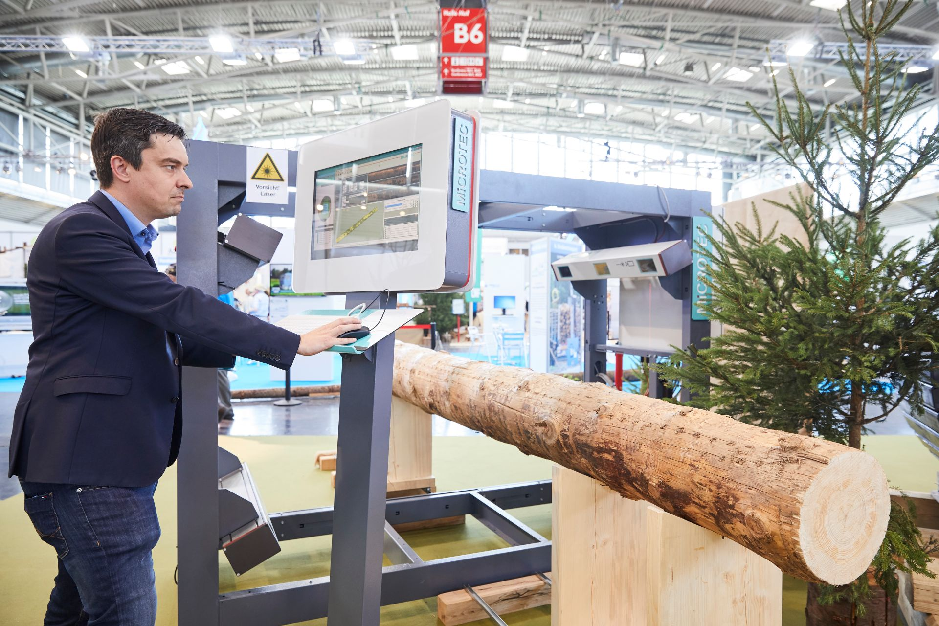 Forestry 4.0 - Digitalization in the Forest Industry