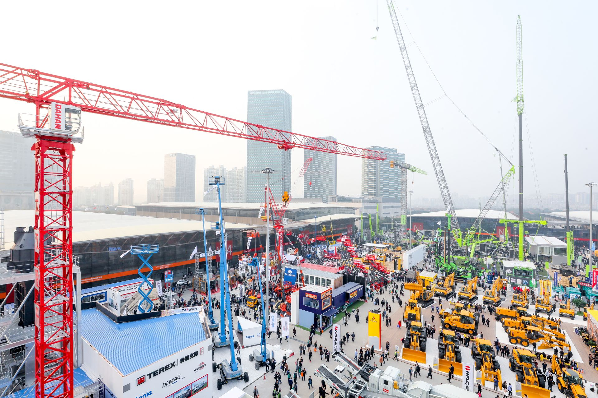 View to the open-air area of bauma CHINA