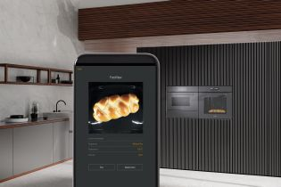 Camera system in the oven sends data to smartphone