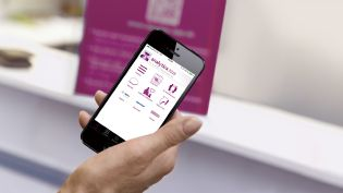 visitors have everything under control with the analytica app