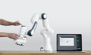 The easy-to-use and sensitive Cobot Panda from Franka Emika and Voith supports 3 kg and has torque sensors in all seven axes.
