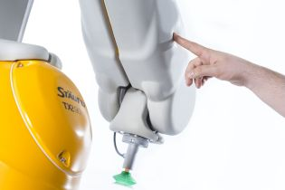 Stäubli's safe robots of the TX2 robot generation