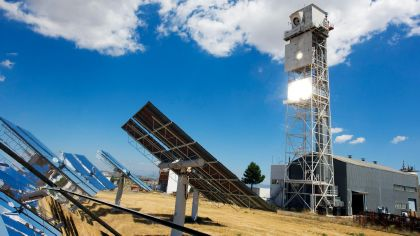 DLR-test facility for hydrogen production with solar energy